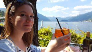 Spritz à Bellagio sur le lac de Côme en Italie