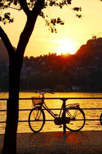 Côme au coucher du soleil